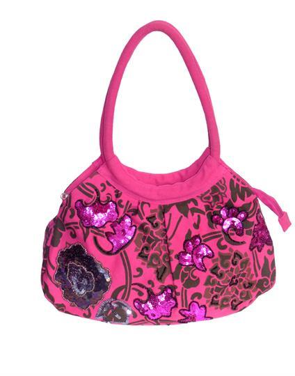 The tropical deciduous bag