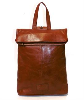 Veg tanned real leather rucksack